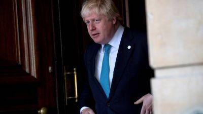 Una nota sobre el Brexit pone en problemas al canciller británico