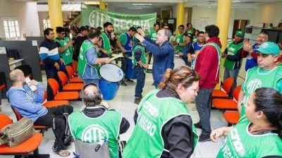 ATE presiona a Tortoriello y amenaza con más protestas