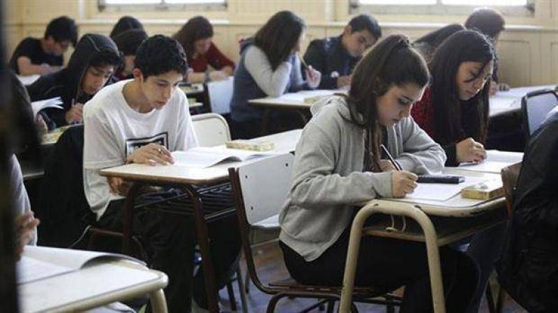 Aprender 2016: docentes de Santa Cruz se oponen y convocan a un paro ma�ana