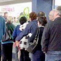 En la ciudad los bancos atender�n solamente desde las 7 horas hasta las 9 horas por la protesta