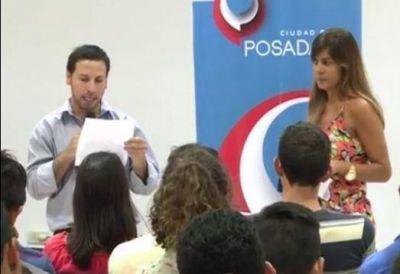"""Losada lanzó los programas """"yo busco mi empleo"""" y """"Jóvenes solidarios"""""""