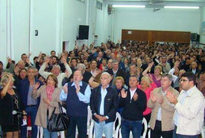 Verna: �En Santa Rosa el peronismo camina junto�