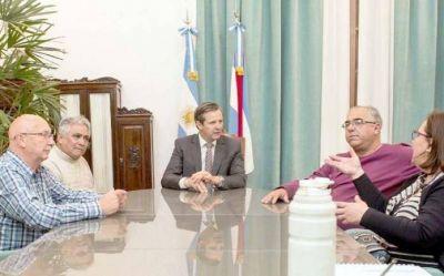 Analizan conformar una mesa de diálogo. Gobierno, ATE y CTA