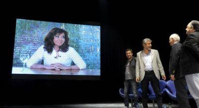 Cristina y Scioli festejaron separados el Día de la Lealtad