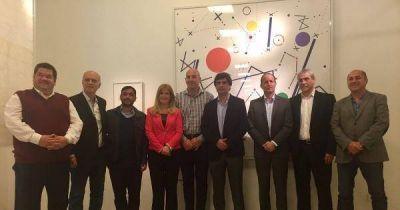 Intendentes de la Tercera se reunieron con Lacunza para discutir endeudamiento y coparticipación
