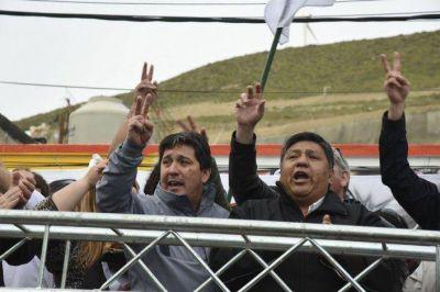 Avila le pidió a YPF que invierta en Chubut como hace en Neuquén