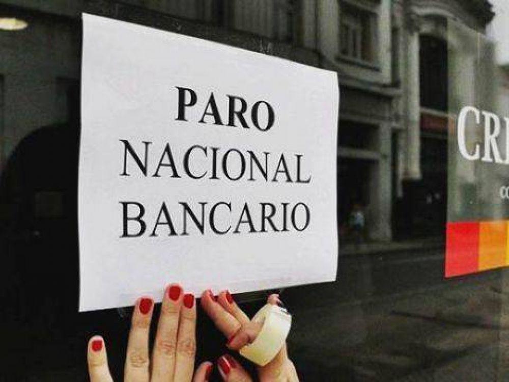 Los bancarios paran al mediodía en todo el país