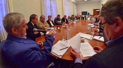 Das Neves encabezó la primera reunión de Gabinete Abierto con representantes de sectores económicos