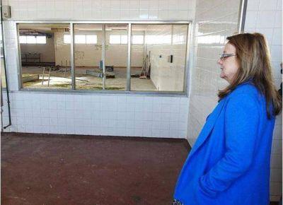 Alicia Kirchner confirmó el pago de aumentos a docentes y policías