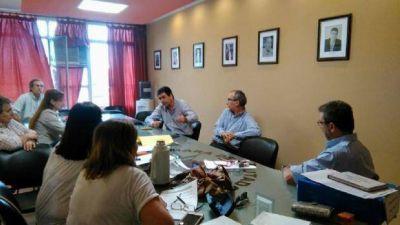 La oposición insiste en reunirse con Corpacci