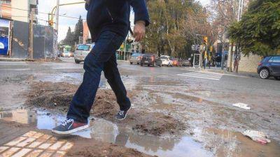 Son más de 1000 las piletas urbanas por los caños rotos