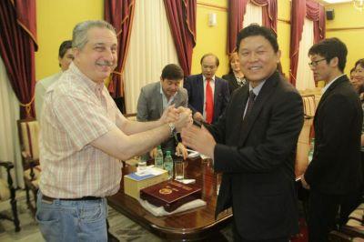 Energías limpias:Passalacqua recibió a inversores chinos