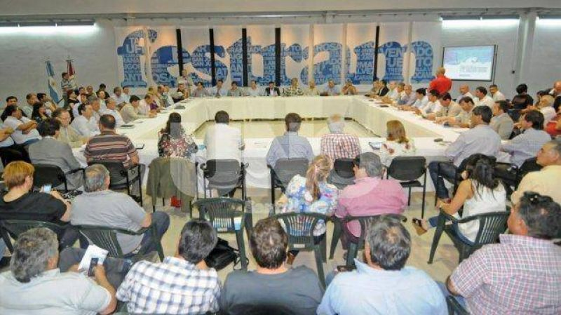 Municipales de Santa Fe paran el jueves en reclamo de la reapertura paritaria