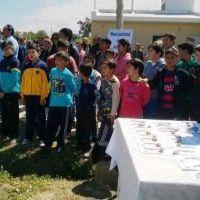 Entregaron un barrio en J�chal que demor� cinco a�os su construcci�n