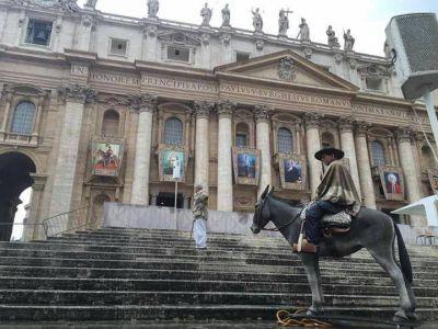 El Papa bendecirá una estatua de tamaño real de San Cura Brochero