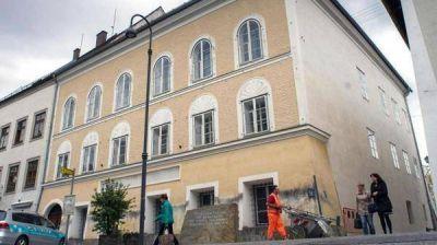 Austria: demolerán la casa de Adolf Hitler
