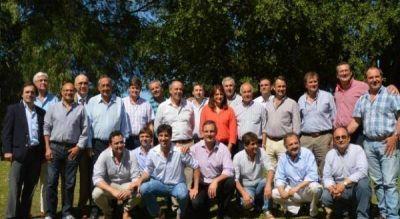 Presupuesto 2017: los intendentes de la UCR realizan sus planteos ante Salvador