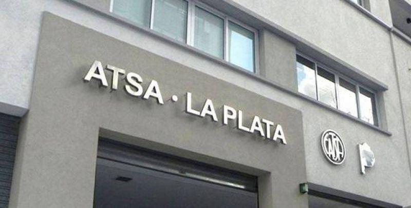 Fuerte intervensión de ATSA-La Plata para reclamar por los atrasos en los pagos de salarios y despidos injustificados