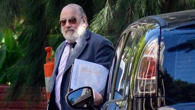 El juez Claudio Bonadio le pidi� a Daniel Rafecas que le remita la denuncia de Nisman