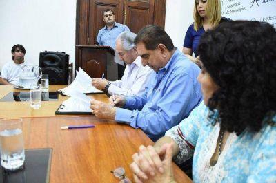 La Comuna firmó convenio con la Federación Económica de Formosa que beneficiará a jóvenes con discapacidad