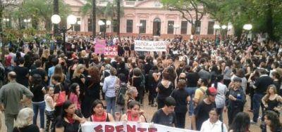 Miércoles negro contra la violencia y los femicidios