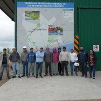 Personal de Gesti�n Ambiental visit� la planta de reciclado en Tres Arroyos