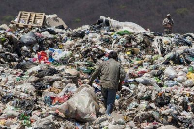 Abren una investigaci�n por el estado del basural San Javier