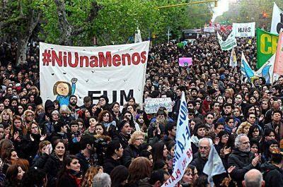 Una multitudinaria marcha le dijo basta a los femicidios