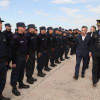 Sospechas por una millonaria compra directa de uniformes policiales