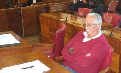 Cano deja al bloque oficialista del Concejo sin mayor�a propia