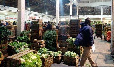 Denuncian explotación laboral en los mercados frutihortícolas de Mar del Plata