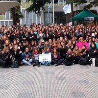 Masiva adhesi�n en Mar del Plata al Paro Nacional de Mujeres