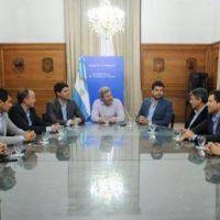 Para contrapesar con la FAM el gobierno buscar� crear una Agencia de Municipios