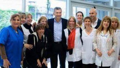Macri y Rodr�guez Larreta visitan una escuela Inteligente