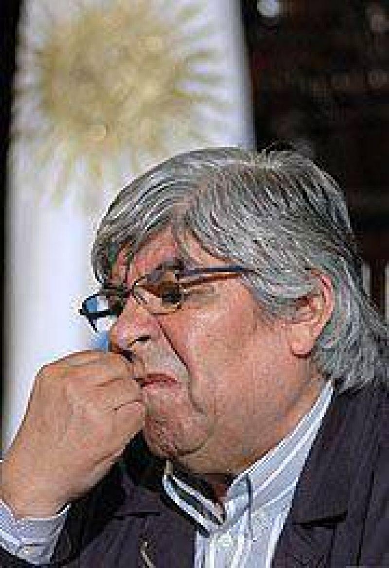La C�mara Federal porte�a orden� investigar a Moyano