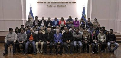 Das Neves reuni� a jefes comunales de toda la provincia