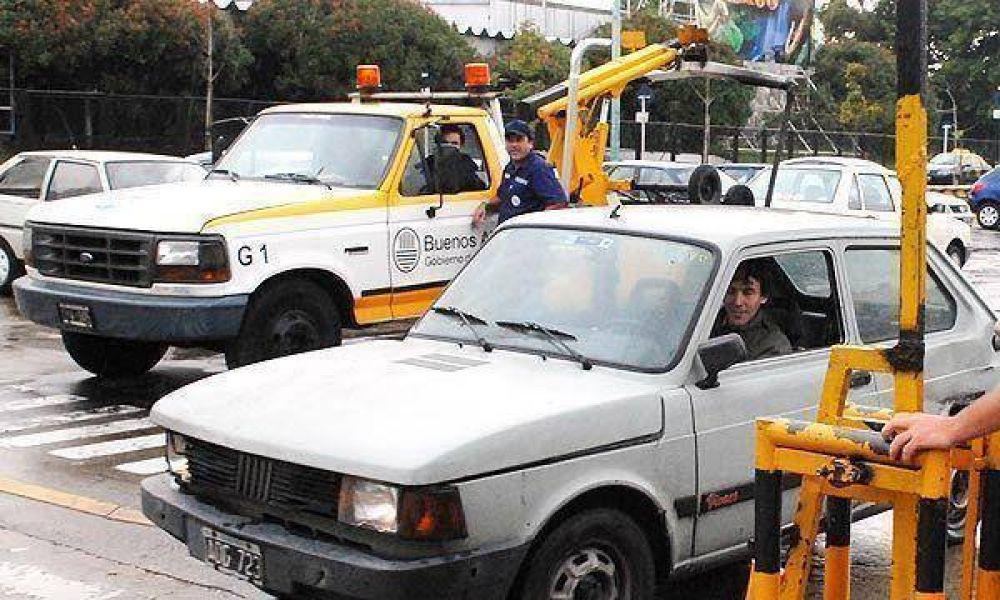 Secuestrarán los automóviles de quienes no respeten el semáforo