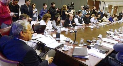 "Quiroga pisó fuerte de ""visitante"" en la Legislatura"