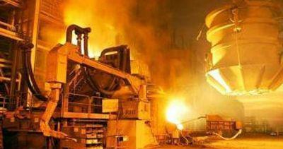 La producci�n de acero se desplom� 28% en un a�o