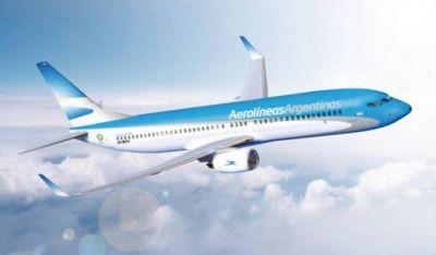 Aerolíneas Argentinas tensa la relación con los gremios por paritarias