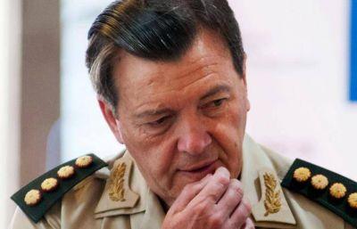 El general Milani respondió a la acusación de Marino