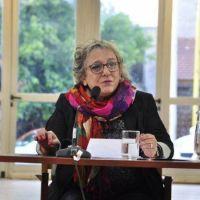Raquel Weinstock disert� sobre la lealtad y la traici�n