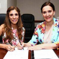 La Gobernadora firm� acuerdos para la concreci�n de m�s obras