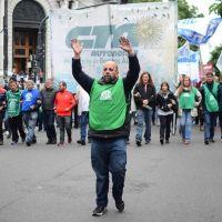 Estatales marcharon contra el ajuste y exigiendo la reapertura de paritarias prometida por Vidal