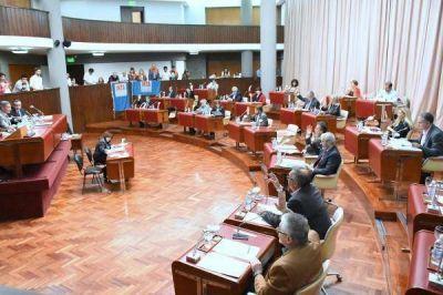 Diputados del FpV presionan al gobernador Das Neves por el bono de fin de año
