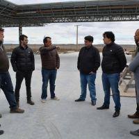 Concejales y el Intendente visitaron la obra de la nueva estaci�n de servicio YPF
