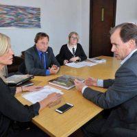Bordet firm� convenios para obras de saneamiento en Paran� y Concordia