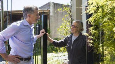 Con Macri saludando a vecinos, Cambiemos realizó la séptima jornada de timbreo del año
