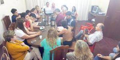 El Comité Provincial de la UCR acusó a Insfrán de promover la violencia contra quien piensa distinto