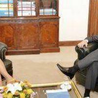Peppo retoma la actividad oficial en la provincia con un convenio con Gils Carb�